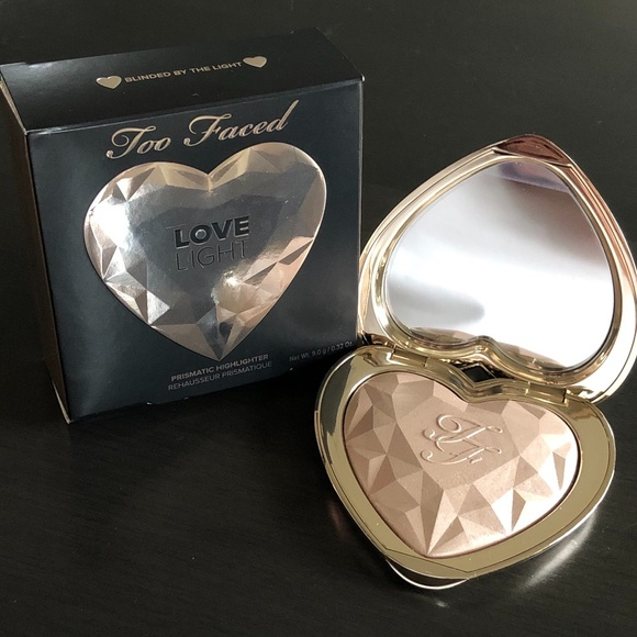 "😍NWT ""Blinded By The Light"" Too Faced LoveLight😍"